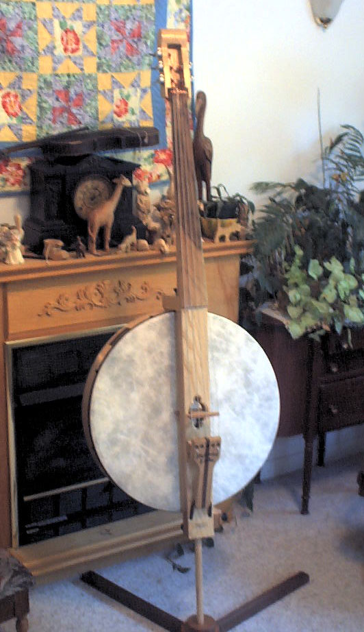 Heftone Bass; photo by Larry Hefferan, who made this beautiful instrument